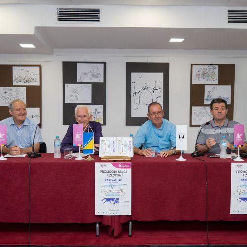 """Mostarskoj publici predstavljena knjiga """"Karikature"""""""