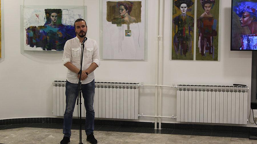 Mladi sarajevski umjetnik Adis Lukač Mostarcima predstavio izložbu Mi, karijatide i atlanti